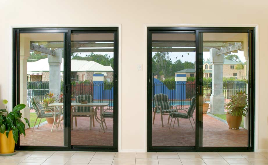 Clearshield-Stainless-Steel-Security-Doors-to-Back-Patio